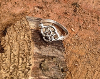 Celtic Love Knot Ring / sterling silver / celtic jewelry / promise ring / irish / love ring