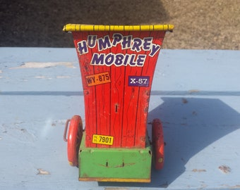 1940's Wyandotte Wind Up Tin Toy Humphrey Mobile Parts Rear Section Only
