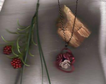 rose garden pendant