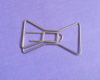 Gold bow paperclip (Kate Spade)