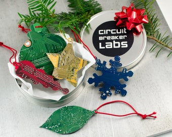 Circuit Board Ornament Gift Set, Geeky Christmas Ornaments, Computer Engineer Gift, Holiday Garland Decor, Hostess Gift, Techie Gift