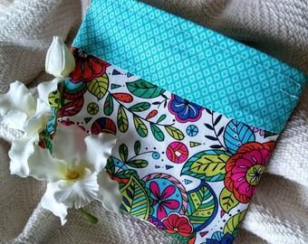 "Fabric Baggie, Reusable Snack Bag, Reusable Sandwich Bag, Teacher Gift, Party Favor, Eco Friendly Bag, ""Classic Design with Teal Checks!"""