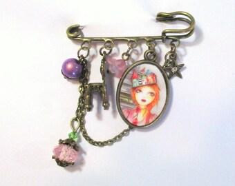 Juliet illustrated charm brooch