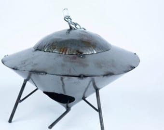 Recycled Metal UFO Birdhouse