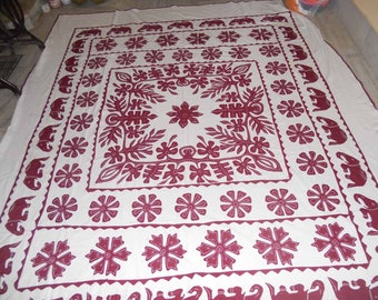BEDSHEET of modern applique