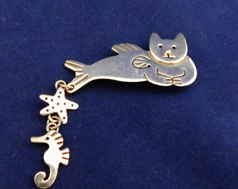 Sterling Silver Cat Brooch Pin With Star Fish and Sea Horse, Brooch Marked 925 AJH