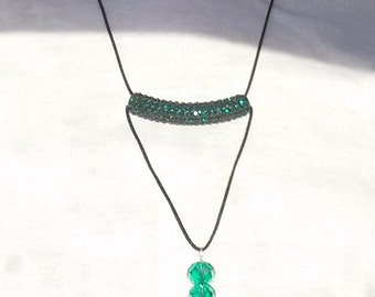 Minimalist sparkling green necklace