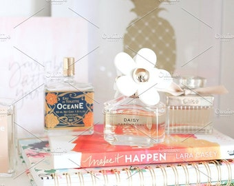 Styled Stock Photo | Shelfie | Blog stock photo, stock image, stock photography, blog photography