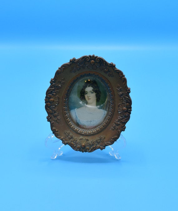 Miss Conyngham By Sir Thomas Lawrence Framed Picture Vintage A Cameo Collection Gold Oval Framed Woman Bubble Glass