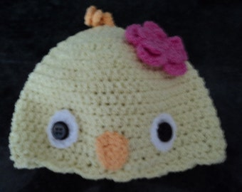 Soft tweety bird beanie fits newborn to 3 months and is stretchy.  Made with cotton and elastic.