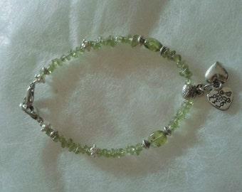 The peridot stones bracelet