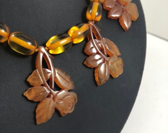 Vintage Art Deco 1930s Oval Apple Juice Bakelite Beaded Necklace with Carved Amber Bakelite Rose Drops