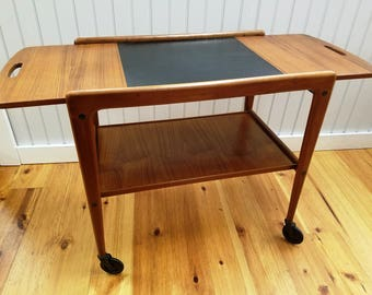 Mid Century Modern Era Rolling 2 Tier Solid Teak Wood Bar Cart with One Hinged Side, Poul Hundevad, Denmark, ca 1950s