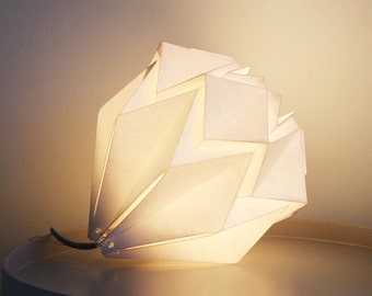 Origami table lamp handmade in paper | origami paper lamp | available in different colors | perfect for nursery, living room