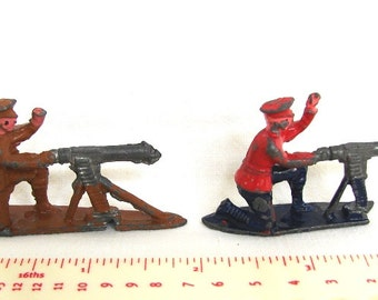 Lead soldiers, set of two, machine-gunners, 1940s wartime toy