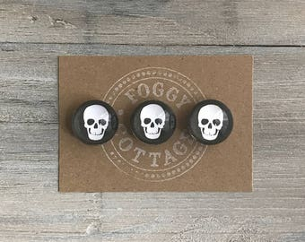Round Glass Skull Magnets Set of 3, Fridge Magnets, Halloween Magnets, Cute Gift, Home Decor, Sports Magnets, Magnet Set, Party Favor
