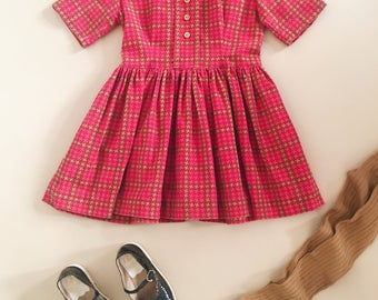 Vintage Pink Dress with Collar