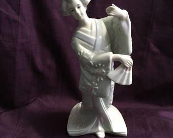Vintage Geisha Girl Figurine Standing1980s  KPM Obi Geisha Asian Chinese Japanese Decor  - USA Shipping is on Us at Everything Vintage!