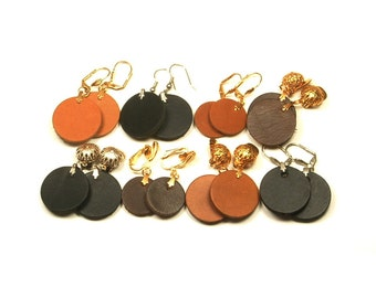 Leather earrings with leather circles