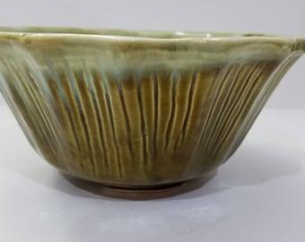 "California Pottery USA #P8 Green Drip Glaze Paneled 7"" Planter/Pot"