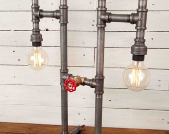 THE OPTIC, Industrial style, Edison bulbs, Industrial Lighting, Steampunk, Lamp, Table Lamp, Desk Lamp, Iron pipe light, Urban chic, Rustic