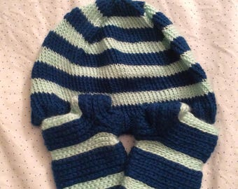 Beanie and Handwarmers set