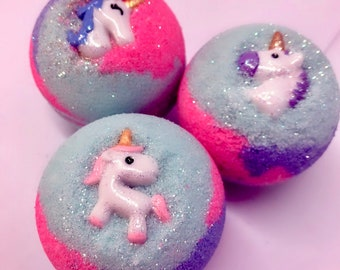 Free Shipping Unicorn Bath bomb/Unicorn bath bomb with toy/Gift/Party favor/wholesale available /4.5-5oz
