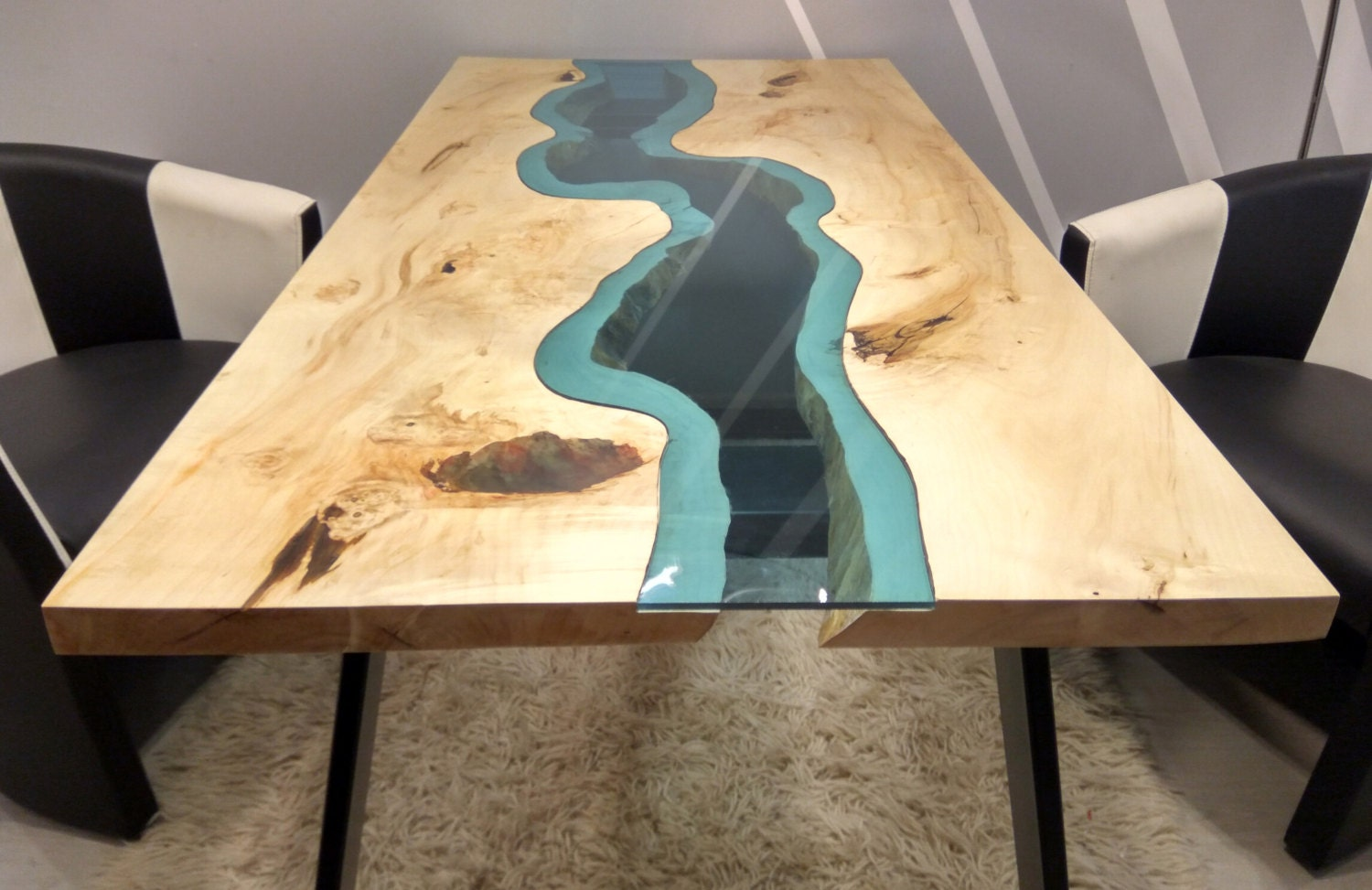 leben fluss tisch mit rand mit epoxy inlay. Black Bedroom Furniture Sets. Home Design Ideas
