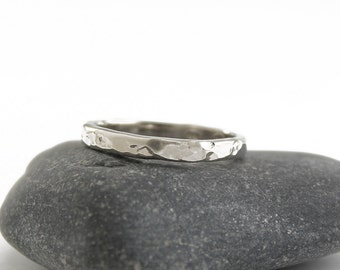 Sterling silver hammered band ring Minimalist jewelry Simple hammered silver stackable ring for women