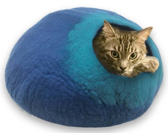 FREE SHIP Cave for cat dog ferret rabbit   - Blue and Turquoise - ships next day from usa / Cat Bed / Pet Bed / Hand Felted Wool