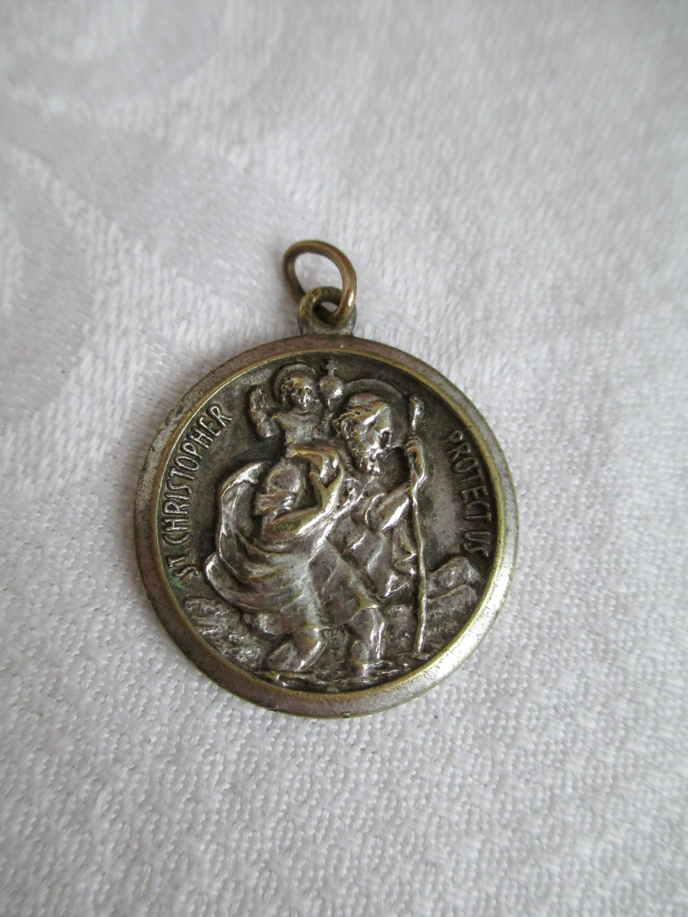 product st large medal medallion benedict color