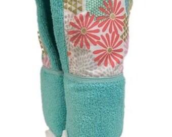 Julianne Geometric Floral Tiffany Hooded Towel