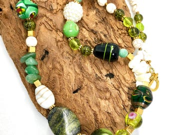 Mix beads necklace