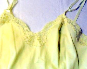 Gaymode Vintage Full Slip Mid Century Petticoat Size 36/14 Average