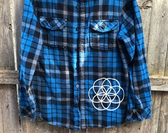 Size medium (mens) flower of life flannel screen printed with wanderlust symol and seed of life