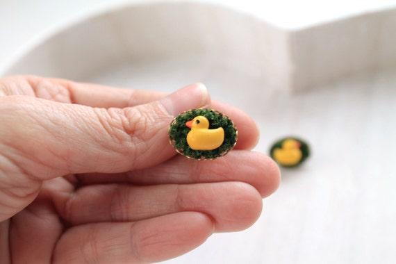 Duck in moss Kawaii earrings posts cute animal