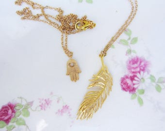Gold feather necklace. Gold charm necklace. Feather necklace. Layering necklace. Simple necklace. Gift for women. Gift for her.