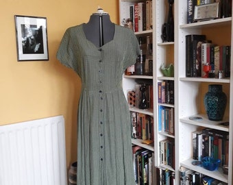 80's grunge/prairie dress with sweetheart neck line