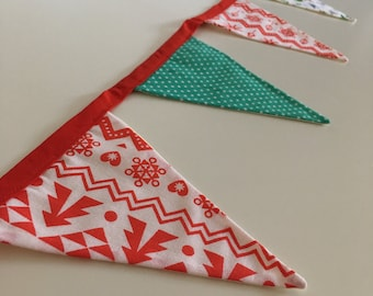 Christmas Bunting with Robins