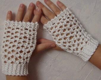 Pattern for Hand Knit Lace Gloves Wristwarmers Handwarmers Pattern