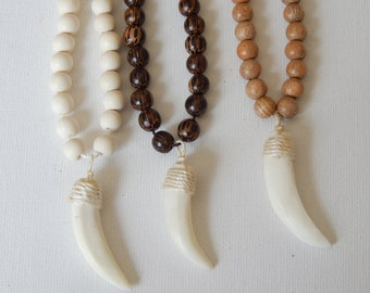 HORN/TUSK NECKLACE
