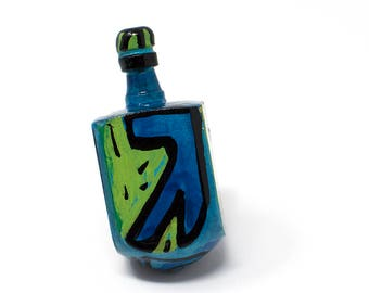 Dreidel - Blue and Green Dreidel for Hanukkah Gift - Draydel Game - Chanukkah Party Favor - Hanukkah Decorations
