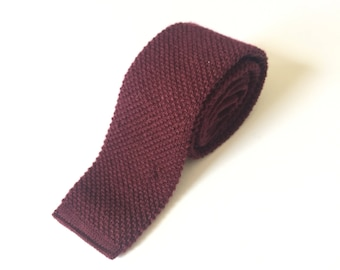 Vintage Raspberry Square End Tie / Knit Necktie / Gift for Dad /