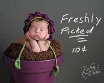 Baby Flower Bonnet/ Newborn Flower Petal Bonnet/ Baby Girl Bonnet/ Baby Shower Gift/ Purple Bonnet/ Baby Girl Hat/ Crochet Newborn Bonnet