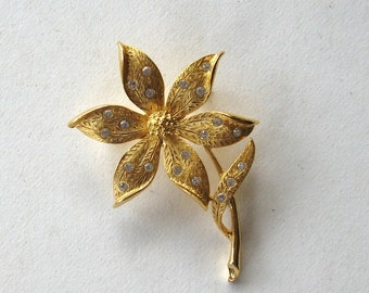 JJ Jewelry Daisy Pin Vintage Gold Tone