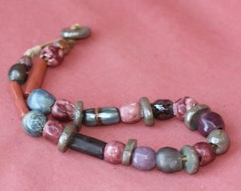 short multicolored necklace
