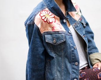 Denim jacket customized with silk fabric from an old kimono, Japanese pink kimono fabric on vintage Lee Cooper denim jacket