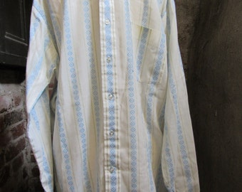 70s Mach II Arrow Pale Blue Geo Striped Shirt w/ Pointy Collar, M // Vintage Long Sleeve Hippie Dress Shirt