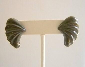 Vintage Gray Winged Pierced Earrings