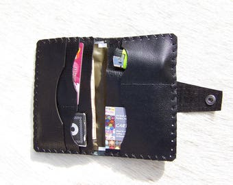Pocket for rolling tobacco black leather wallet, classy and practical, for men or women